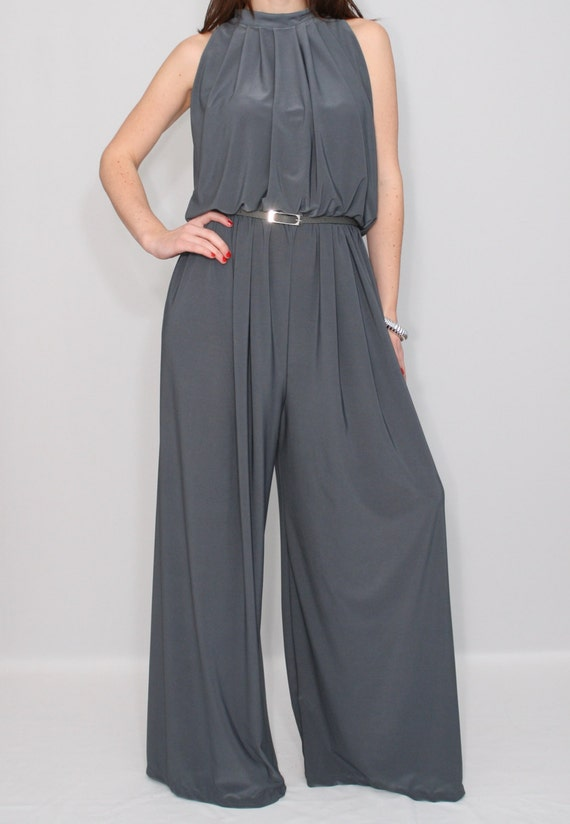 Discover women's jumpsuits & jumpers at zulily. Browse our collection of styles from casual to dressy in a variety of cuts and colors. Save up to 70% off!