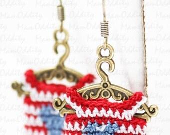 Cute dresses Striped dress Heart dress Crochet jewelry Independence American flag colors Mini dress Clothes hangers Crochet earrings