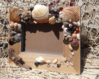 No.10  Picture Frame Decorated Sea Shell Hand Crafted, Sea Shells, Beach Decor, Ocean Décor, Home Décor, Beach Cottage