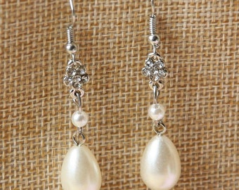Flower Bridal Earrings, Drop Pearl Earrings, Ivory Pearl Earrings, Wedding Earrings, Bridal Jewellery