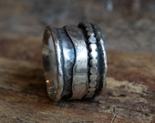 Mans silver band, Stacking ring, wedding band, silver band, meditation ring, wedding ring, spinner ring - Blackness Of The Night R1075S