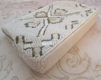 Vintage White Bead Bag, Silver Bead Purse, bridal bag, white evening bag, wedding pearl bag, white formal bag, vintage wedding purse