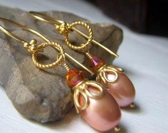 Peach Pearl Earrings Wedding Pearl Earrings, Oval Bridal Pearl, Freshwater Pearl, Golden Peach Pearl, Real Pearl Jewelry