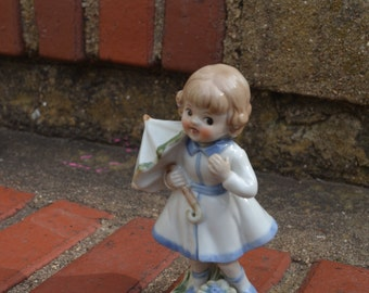 Beautiful Vintage Ceramic Figurine Girl With Umbrella Mid Century