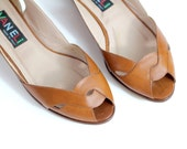 sz 7  | vintage 80s Interwoven Vamp Sandals | Brown Leather Peeptoe Flats | Made in Italy | 37.5