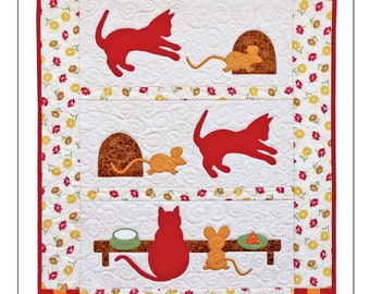 Scamper & Chase Wall Quilt Pattern, Cat and Mouse Quilt