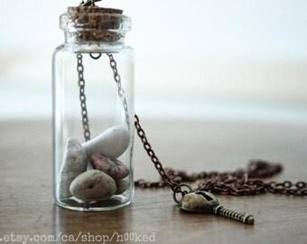 Bottled treasure - LITTLE ROCKS - Natural history specimen pendant necklace