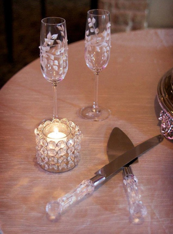 wedding cake serving set and flutes wedding cake serving set wedding toasting flutes and cake 24298