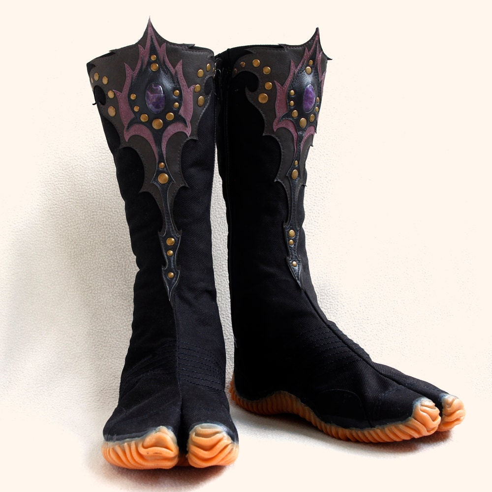 Ninja tabi shoes with custom leather art applique any size