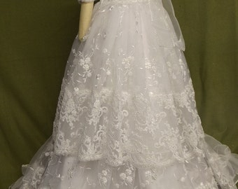 """Angela West   """"Daisy Louise II"""" white convertable gown length lace slip and overdress  acessories included"""