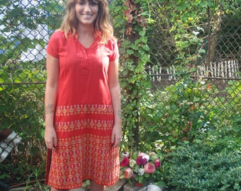 1970s Vintage Red Embroidered Tunic Dress M/L
