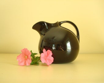 Ball pitcher, Hall China Ebony Black jug pitcher, gloss black 633 pitcher, ice lip, vintage kitchen decor, kitschy diner style, lemonade jug