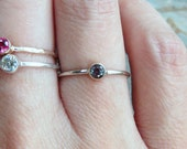 3mm Tiny Alexandrite Ring in Solid 14k Yellow or White Gold, Hammered or Smooth Band - June Birthstone Stacking Ring - Lab Grown Alexandrite
