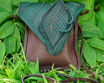 Small Leather Leaf Forest Purse / Chocolate Brown Hip Bag Pouch Tote Woodland Elf Faerie Renaissance Earthy Earth Nymph Faerie Fairy