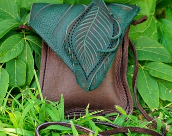 Small Leather Leaf Forest Purse / Chocolate Brown Hip Bag Pouch Tote LARP Woodsy Woodland Elf Faerie Renaissance Hobbit Earthy Earth Nymph
