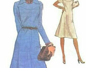 Vintage 1970s Dress Pattern A Line Shaped Yoke Wing Collar Vogue 9059 Bust 36