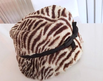 Vintage 50's/60's era Fur Tiger Striped Bucket Hat -- Fabulously Garish