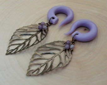 Purple Budding leaf Gauged Earrings Plugs with Amethyst Buds