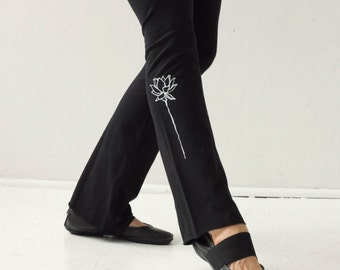 Women's black yoga pants/ Lotus flower leggings/cotton yoga pants/stretch pants/pilates pants/workout pants/yoga clothes
