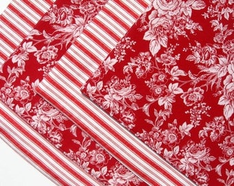 Red and White Reversible Placemats  - Striped Placemats - Floral Placemats - Heat Resistant Placemats - Red Placemats - Set of 4 or 6