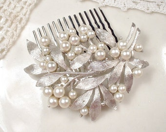 Ivory Pearl Brushed Silver Leaf Bridal Hair Comb, TRIFARI Brooch to OOAK Wedding Hair Accessory Headpiece Retro Vintage Modern Head Piece