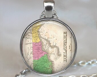 Delaware map necklace, Delaware map pendant, Delaware necklace, Delaware pendant, state map pendant map keychain key fob