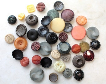 40 Vintage Buttons // Mixed // 40s 50s 60s //  New Old Stock Buttons // Assorted Sample Pack // Destash  // BD105