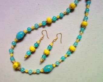 Aqua Blue and Sunny Yellow Necklace and Earrings (0729)