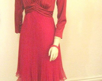 SALE  Vintage 70s Dress Poly Wineberry Red Pleated Flirty Skirt