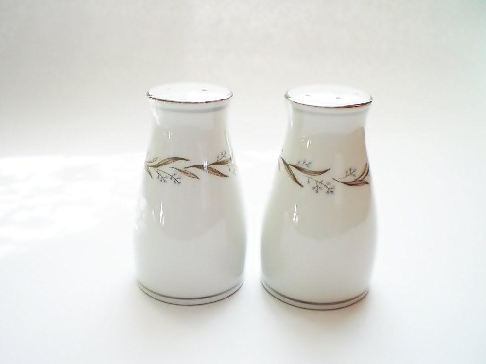 Noritake Almont Porcelain Salt Pepper Shakers Mid Century