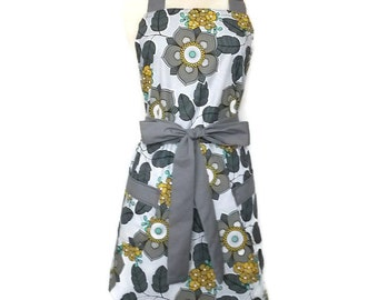Cute Apron with pockets, gray flowers, gray ties, Full Hostess Apron, aprons for women, chef apron, flirty grilling apron, kitchen apron,