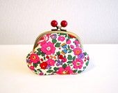 Red and Pink floral Candy coin purse with Liberty betsy fabric - Frame purse. Retro. Clasp purse. Magenta. Red acryl balls.