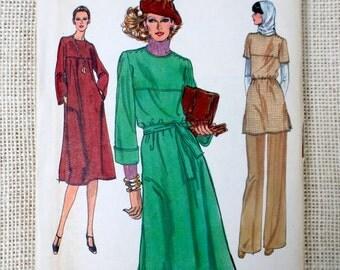 Vogue 9868 vintage sewing Pattern 1970s yoke bell sleeve tent dress pants Tunic T-shirt Uncut Bust 32.5