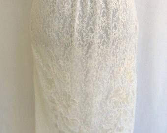 Vintage 50's 60's Half Slip White Lace Satin Applique Scalloped Hem Size S / Small