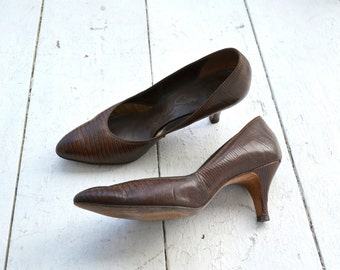 1950s Air Step Faux Snakeskin Heels, Size 9