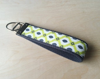 Fabric wristlet keychain, key fob - Lily of the Valley