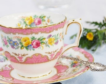 Beautiful CROWN STAFFORDSHIRE Tea Cup and Saucer, Pink, Floral Wreath, Gilt,  England