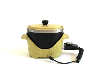 Slow Cooker Deep Fryer Fondue Pot Harvest Gold 1970s Kitchen Small Appliance Montgomery Ward VNL 86-46394 (Nordic Ware Multi Fry Cook)