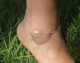 Silver Star Anklet, Silver Anklet, Dainty Silver Ankle Bracelet, Silver Star Jewelry, Subtle Delicate Summer Beach Jewelry