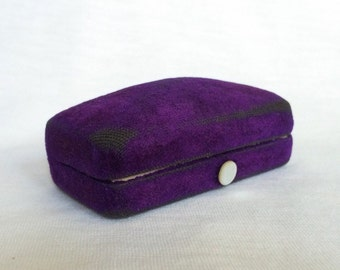 Purple Velvet Cufflink Earrings Stud Lever Back Jewelry display MOP Pearl Button Vintage