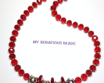 "Handmade 19"" RUBY RED Faceted Art Glass Chunky Necklace Silver Accents Bead Caps Magnetic Clasp"