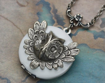 Owl Locket, Owl Necklace, Owl Locket Nekclace, Owl Jewelry, Woodland Owl, Best Friend Jewelry, Locket, Snow Owl Locket