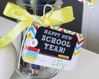 BACK TO SCHOOL Teachers Gift Tags - Printable File - diy - Chalkboard