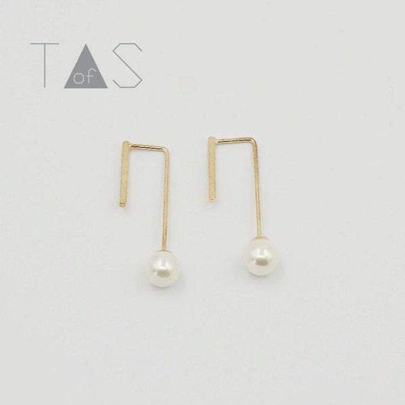Pearl Long Earrings / Pearl Brass Earrings / Simple Thread Through Earrings