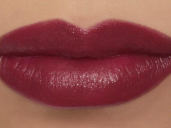 25% OFF Vegan Lipstick Magnolia dark
