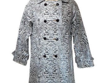 vintage 1960s faux snakeskin coat / Sherbrooke / black white / animal print / python reptile / women's vintage coat / size large