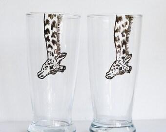 Pair of Hand Painted Animal Pint Glasses - Giraffe