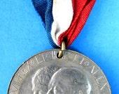 English Royal Medal Coronation King Edward VII And Queen Alexandra England 1902