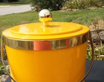 Vintage Yellow 70's ice bucket