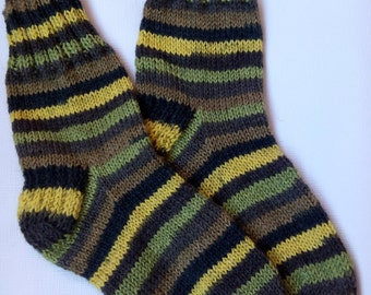Hand Knitted Wool Socks -Colorful Socks for Women -Wool Socks Size Medium,Large-US W9/EU40